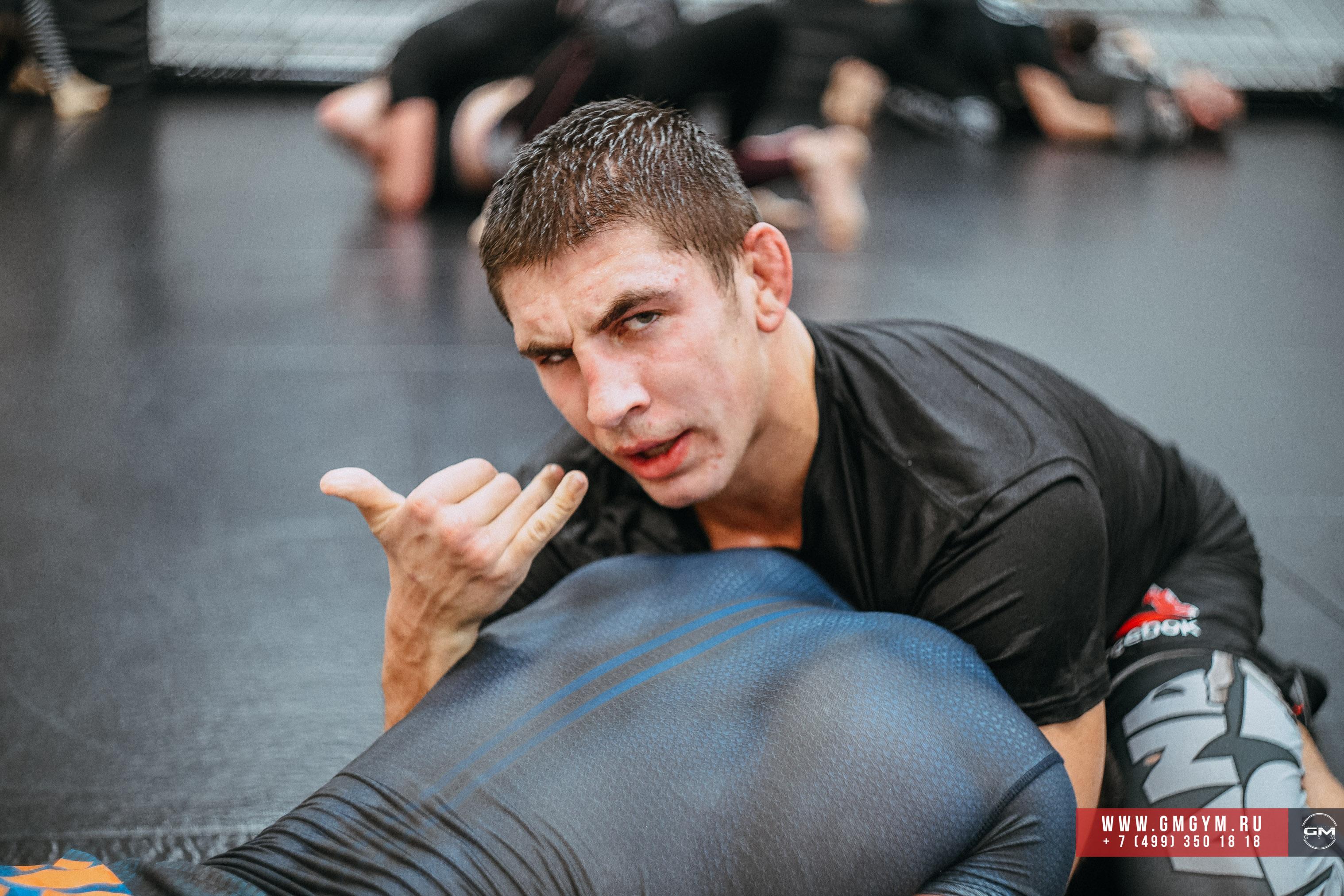 Виталий Слипенко тренер по ММА 10